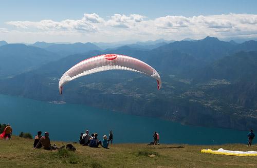 Paralotnie nad Monte Baldo1