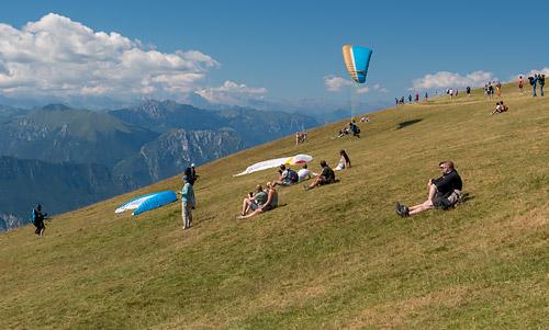 Paralotnie nad Monte Baldo2